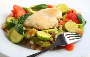 Italian chicken, with zucchini, beans and tomato